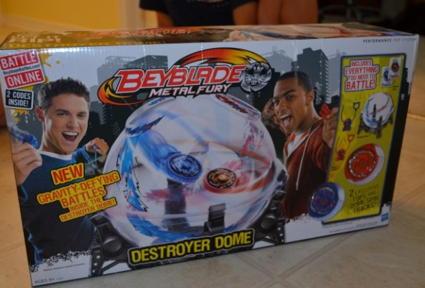 Beyblade Metal Fury Destroyer Dome Set